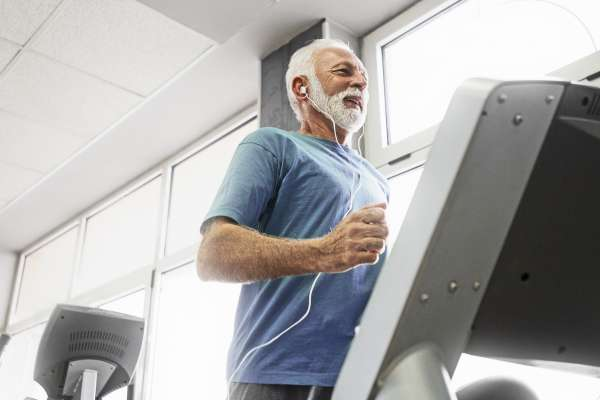 Senior man training cardio training
